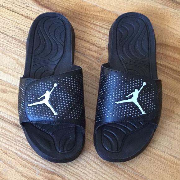98578289d Jordan Other - Black Jordan slides size 11